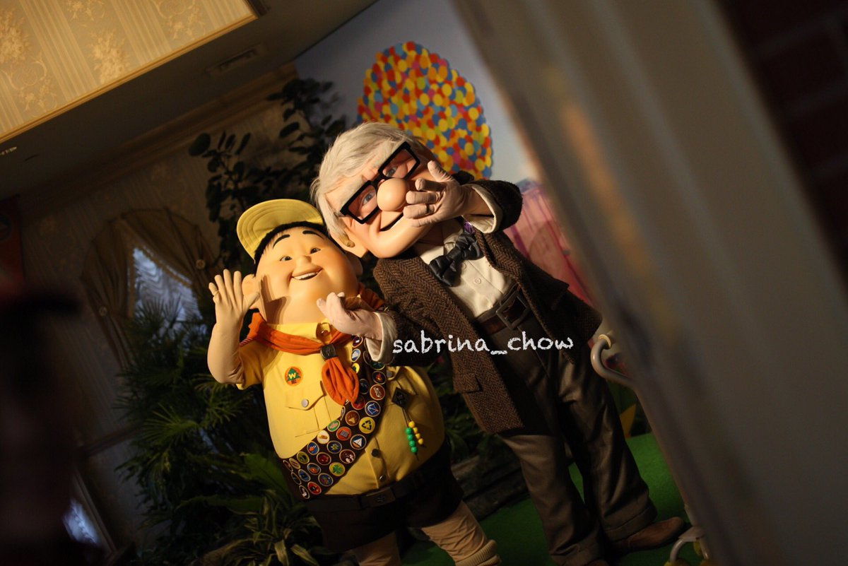 good morning I miss both Russell and Carl #hkdl #disneyland #disney #russell #carl #ラッセル #カール #香港ディズニーランド #ディズニーランド #ディズニー<br>http://pic.twitter.com/DvlXcFwdgY