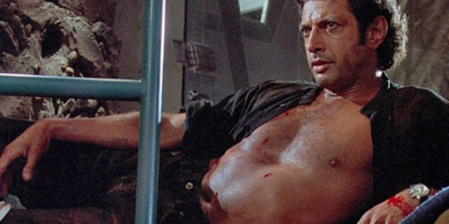 JEFF GOLDBLUM IS BACK FOR JURASSIC WORLD 2! https://t.co/vBNd6KQibY ht...