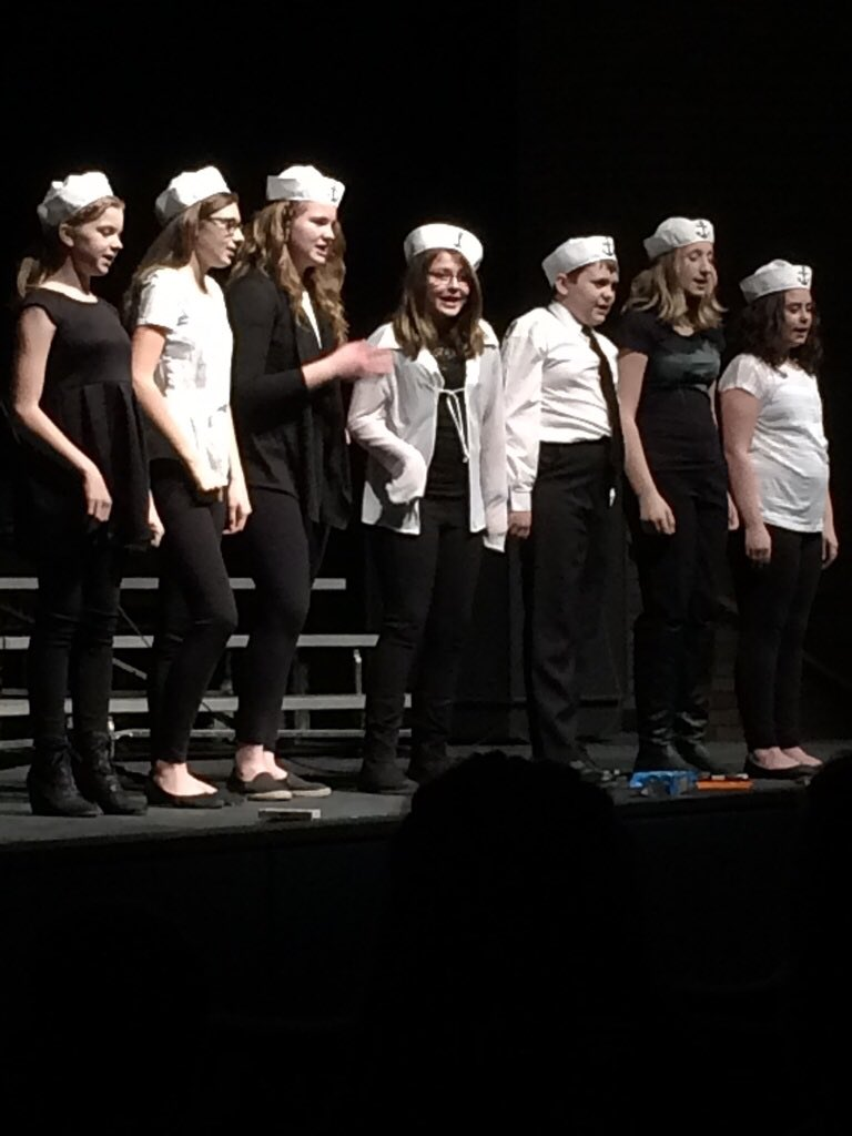 Well that's a wrap for this lad and all these lasses! A fun singing season for our GSSD students! #YRHS #GSSD https://t.co/lejyh8orvj