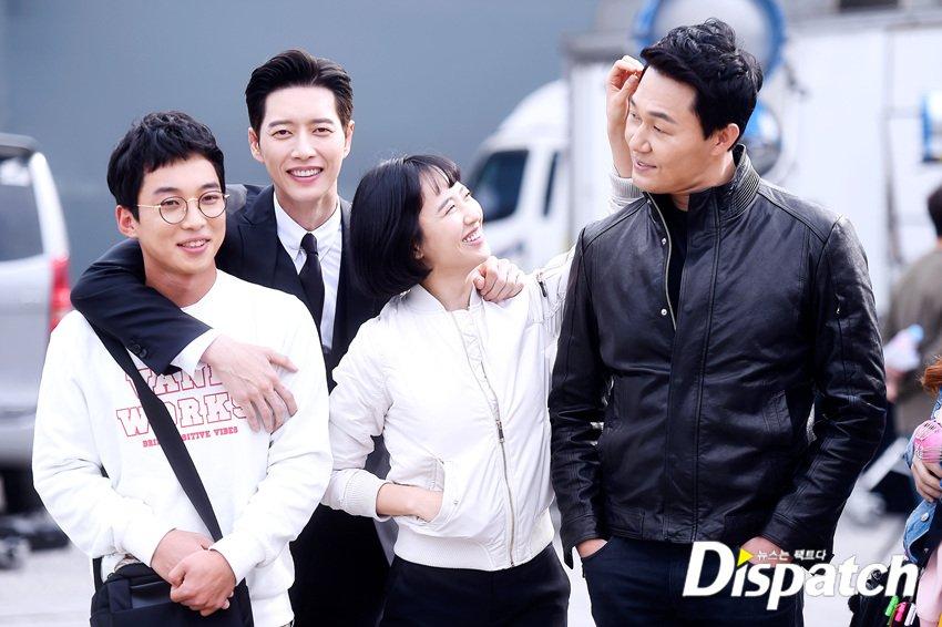 d697f1d7afa5 170426 Starcast by dispatch - JTBC 'Man x Man' Park Hae Jin #박해진 (9)pic. twitter.com/ujtFdKjhZ2