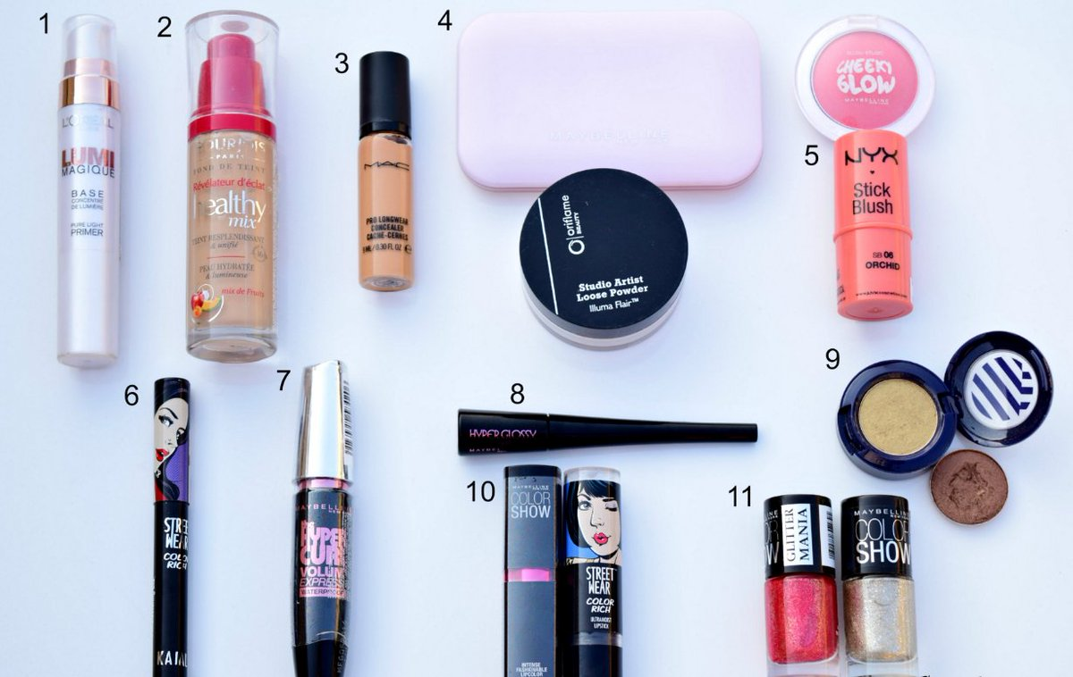 Makeup requires products such as these! #makeup #beauty  https://www. beautyglitch.com/10-make-up-mus t-haves-beginner &nbsp; … <br>http://pic.twitter.com/fcDd9heXXu