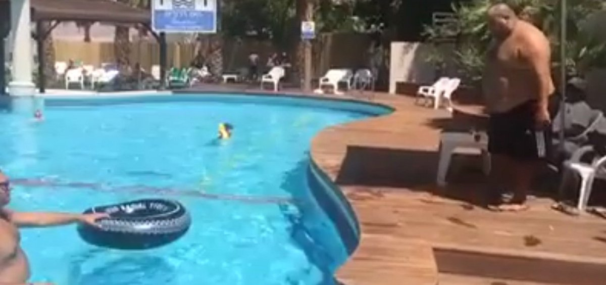 Do You Think He Will Make It? VIDEO: dld.bz/eEsTy #wow #epic #awesome #amazing #wtf #bizarre #win
