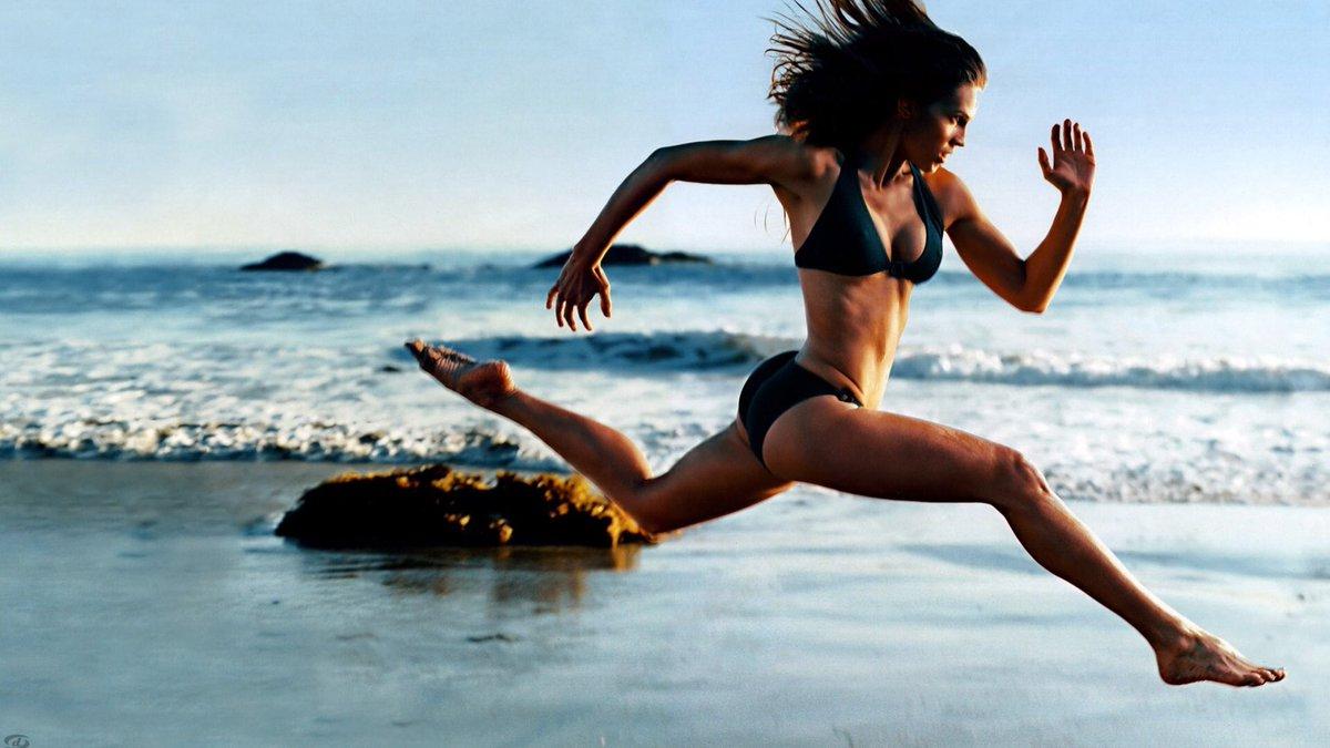 Celebrites Sylvie Van Der Vaart nude (86 photo), Topless, Cleavage, Feet, legs 2017