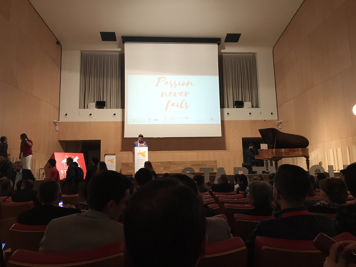 Passion Never Fails. From #StartupOle #salamanca @Sapenta_en Passion for #smartworking<br>http://pic.twitter.com/RV2t4ccFiB