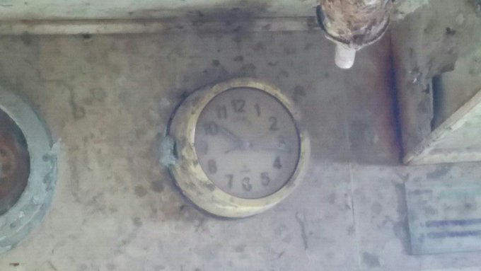 조타실 시계, 세월호 전복한 '10시17분12초'에 멈췄다 https://t.co/l8fIER29tO
