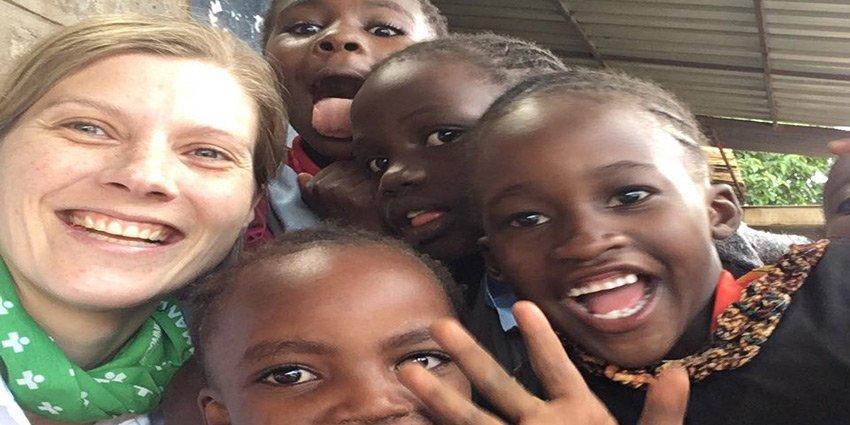 Der Einsatz von Kathrin Schulze in #Nairobi ist leider schon wieder vorbei. Vielen Dank für die tollen Beiträge! https://t.co/iarZ6peIiM https://t.co/uUNz7TBBVp