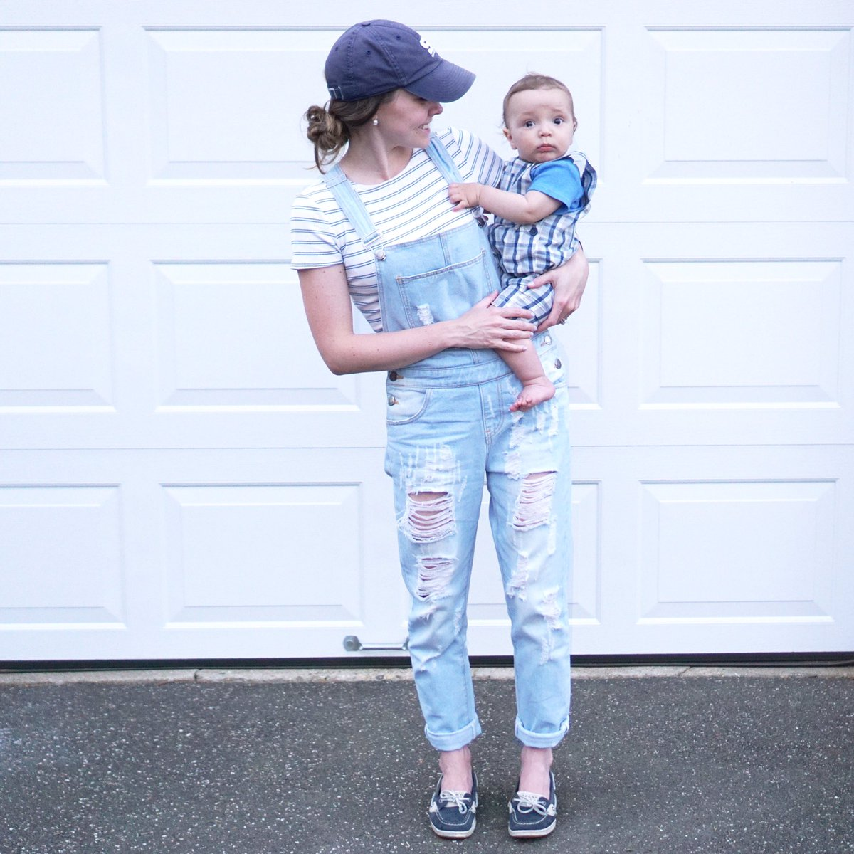 #ontheblog I am #partner ing with @ShopPinkBlush to bring you 3 ways to style overalls + a $50 shop credit #giveaway  http://www. ureadyteddy.com/single-post/Th ree-ways-to-style-overalls-for-a-casual-look &nbsp; … <br>http://pic.twitter.com/aMdPG01xl3
