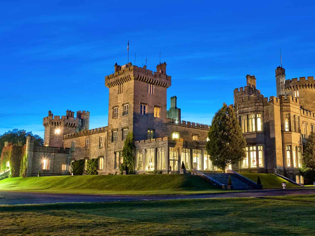 'Top 10 Wedding destinations' #ireland : https://t.co/a4SooY3xDV https://t.co/L7hNctp8Qr