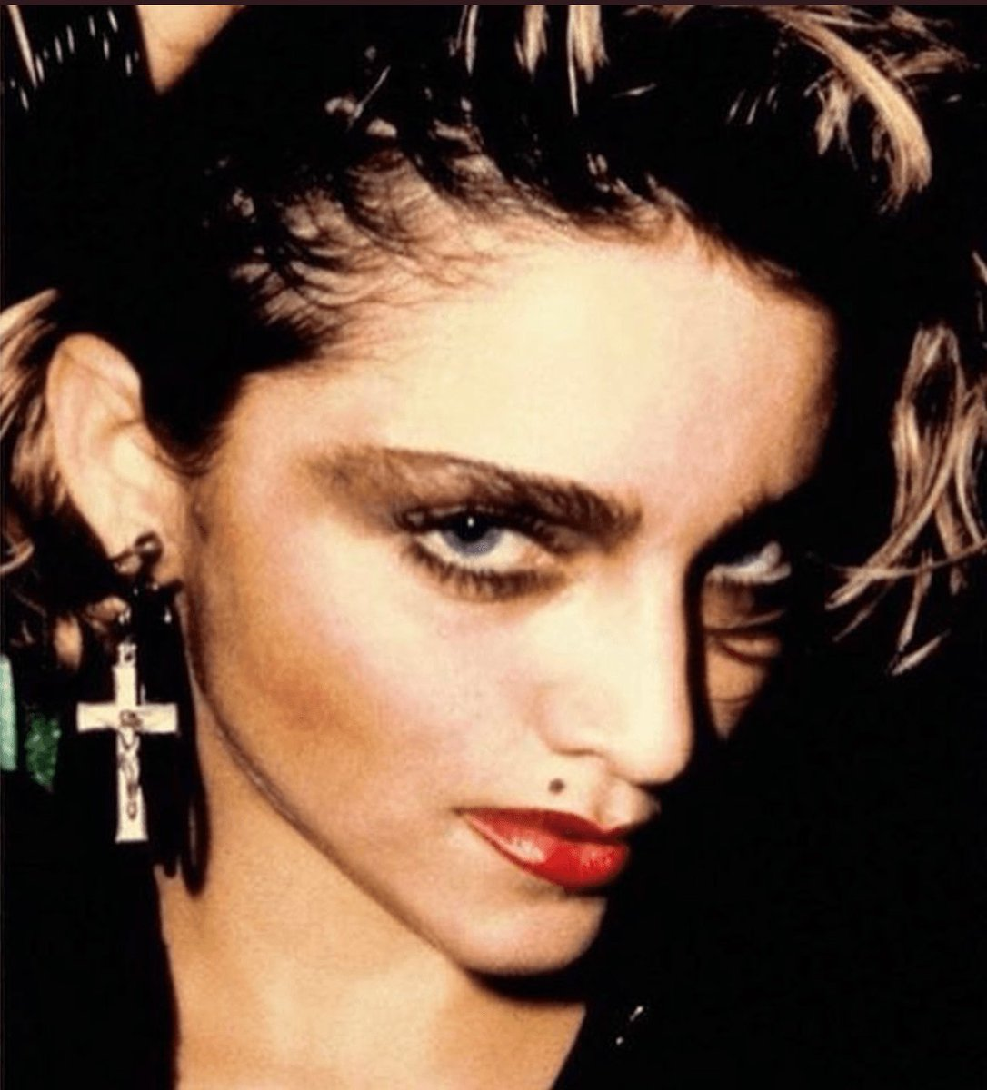#Madonna responds to biopic Blond Ambition -  http:// bit.ly/2q5LnAs  &nbsp;   #madonnabiopic #blondambition <br>http://pic.twitter.com/L9xpdl31qo