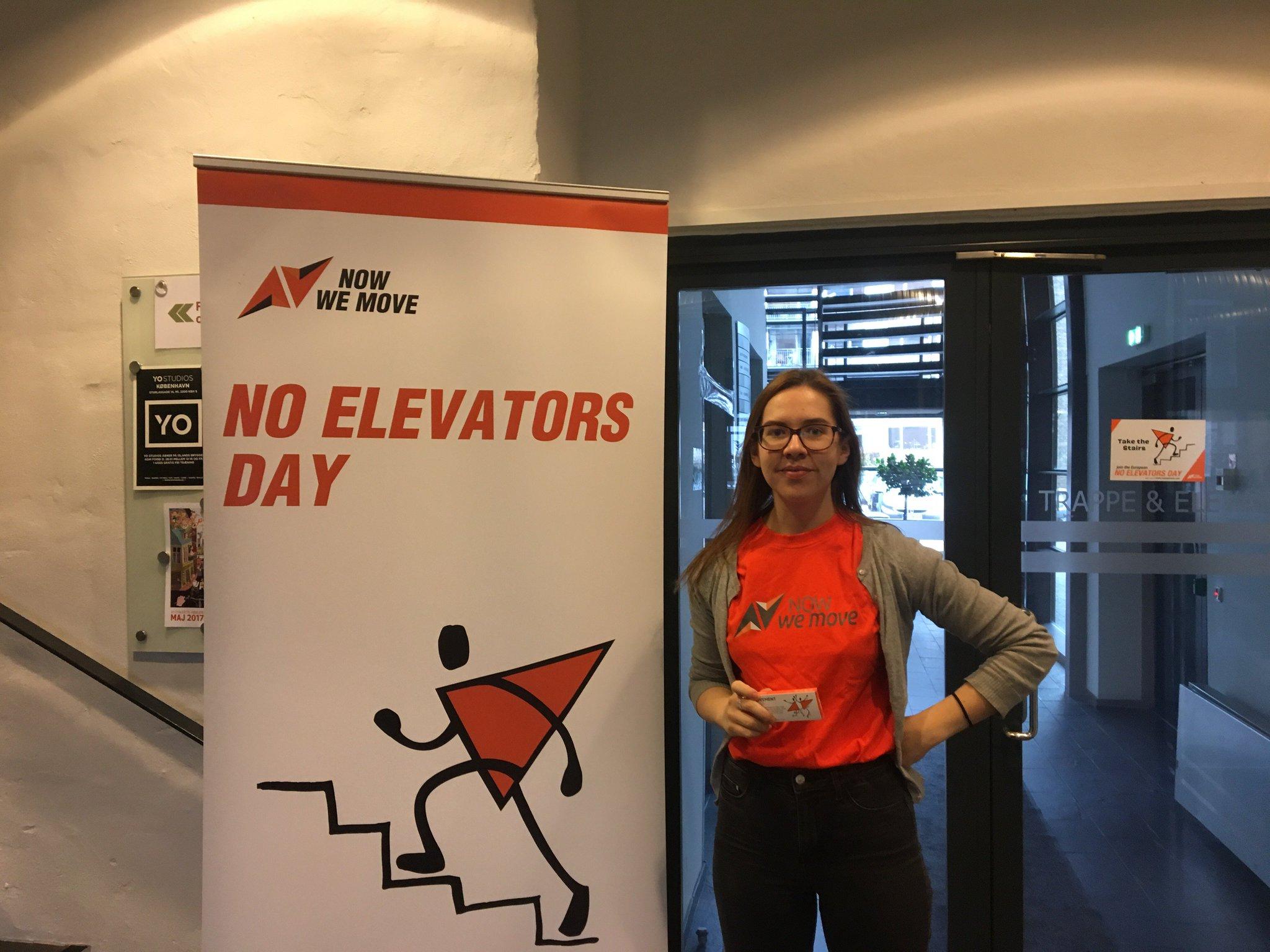 Det er i dag europæisk #NoElevatorsDay og @ISCA_tweet er på besøg i STPS. Tag trappen i dag - og når du har muligheden! #NowWeTakeTheStairs https://t.co/N5OimdEG8Y