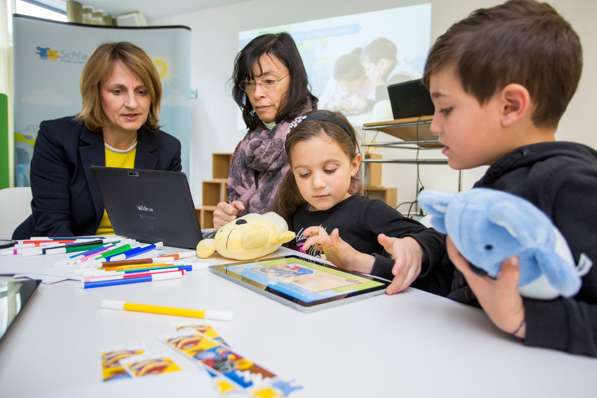Die Microsoft-Initiative #Schlaumäuse unterstützt bundesweit Integrationsarbeit für Kinder: https://t.co/5wPNIpUYhJ #besserlernen https://t.co/HbdnWOOjiR