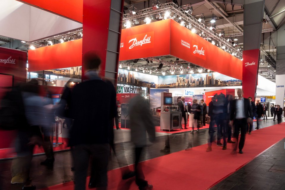 Danfoss stand at #Hannover fair: A place to be! Visit us until the end of the week and discover connectivity beyond the machine. https://t.co/tF7Qt2a7fA