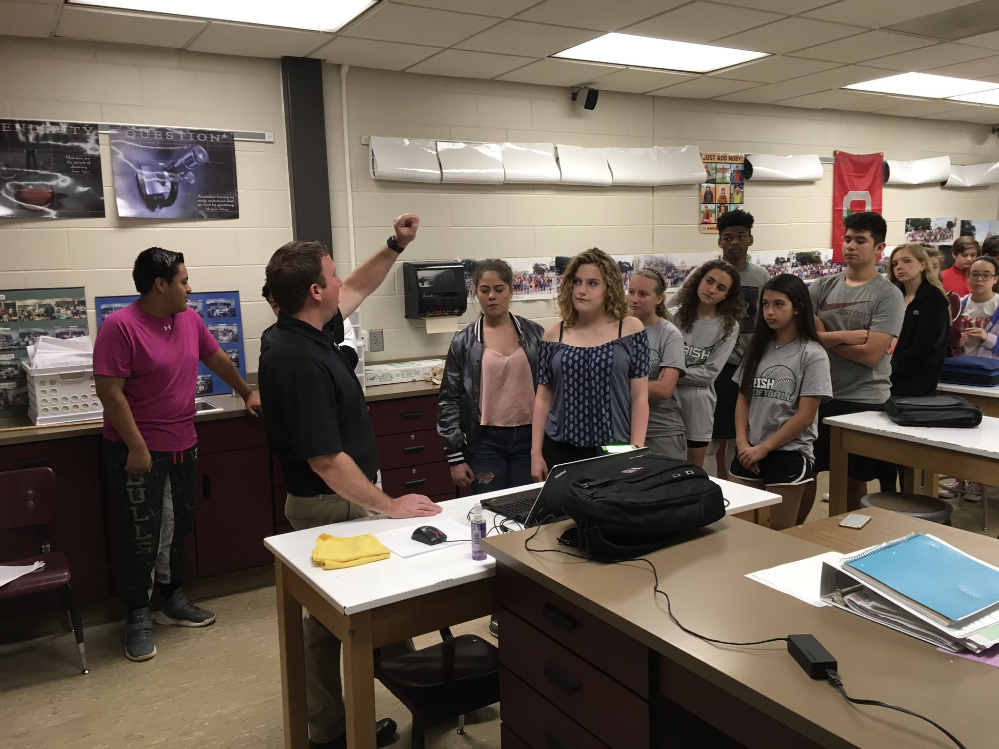 Ben Powers of Biometrics Information Management working with @DMSIrish Science students today. #theDublinDifference https://t.co/nw1SuHoYf3