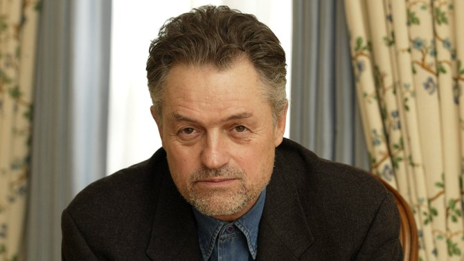 BREAKING: Jonathan Demme, #SilenceoftheLambs director, dies at 73 http...