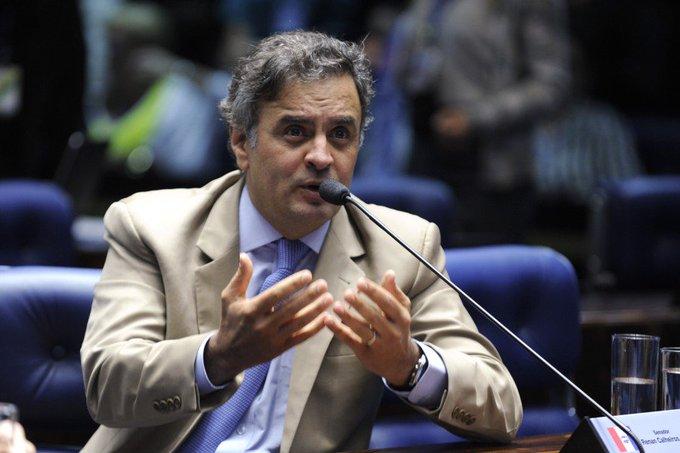 Ao suspender depoimento de Aécio, Gilmar proíbe a Polícia Federal de 'surpreender' tucano https://t.co/Cw5nWfUEuJ