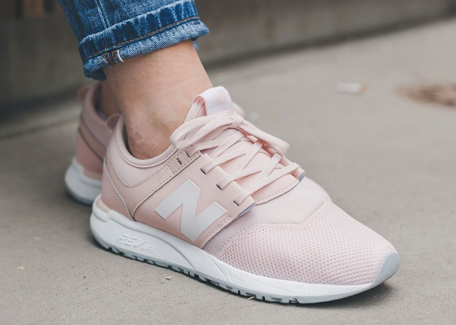 amadou k on twitter une new balance 247 couleur rose pastel exclusivit femme https t. Black Bedroom Furniture Sets. Home Design Ideas