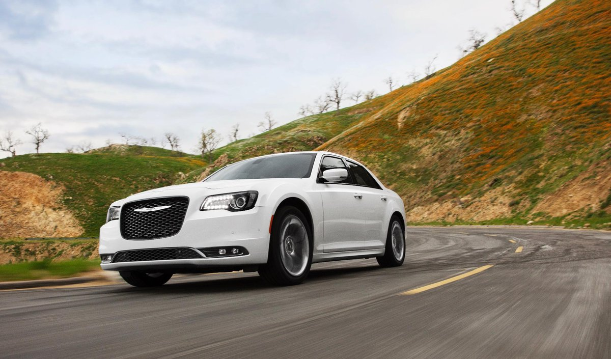 Make the journey your destination. #Drive #Chrysler300 https://t.co/rY...