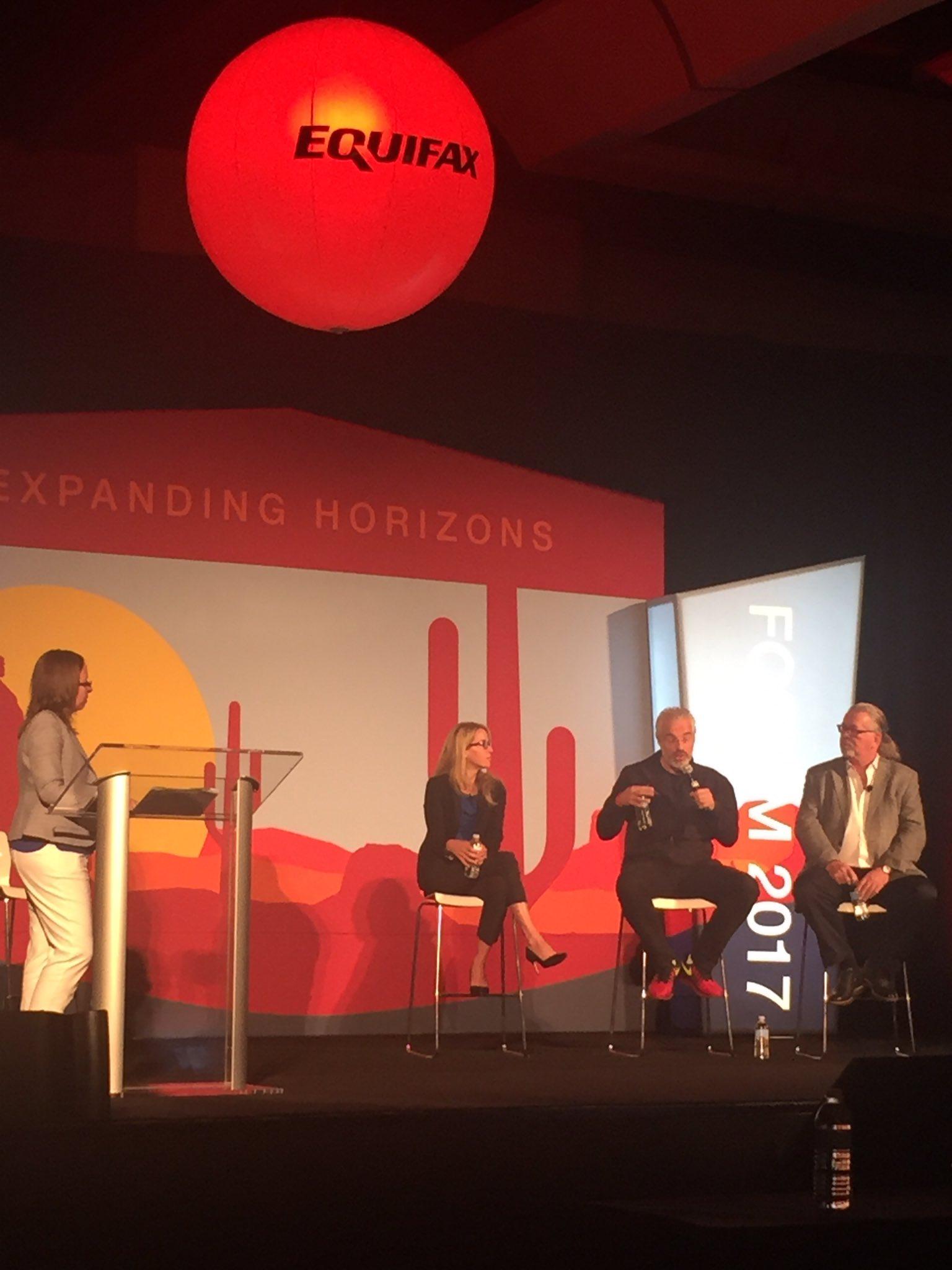 HR Trends - Dynamic trio @JohnSumser @Madtarquin @holgermu kick off Day 2 #efxforum17 w/ humor, savvy & insight! https://t.co/Alu0AArlBE