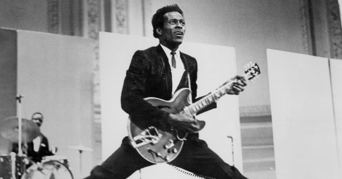 Hear Chuck Berry's rollicking song 'Wonderful Woman' from his upcoming final album 'Chuck' rol.st/2oMtnqH