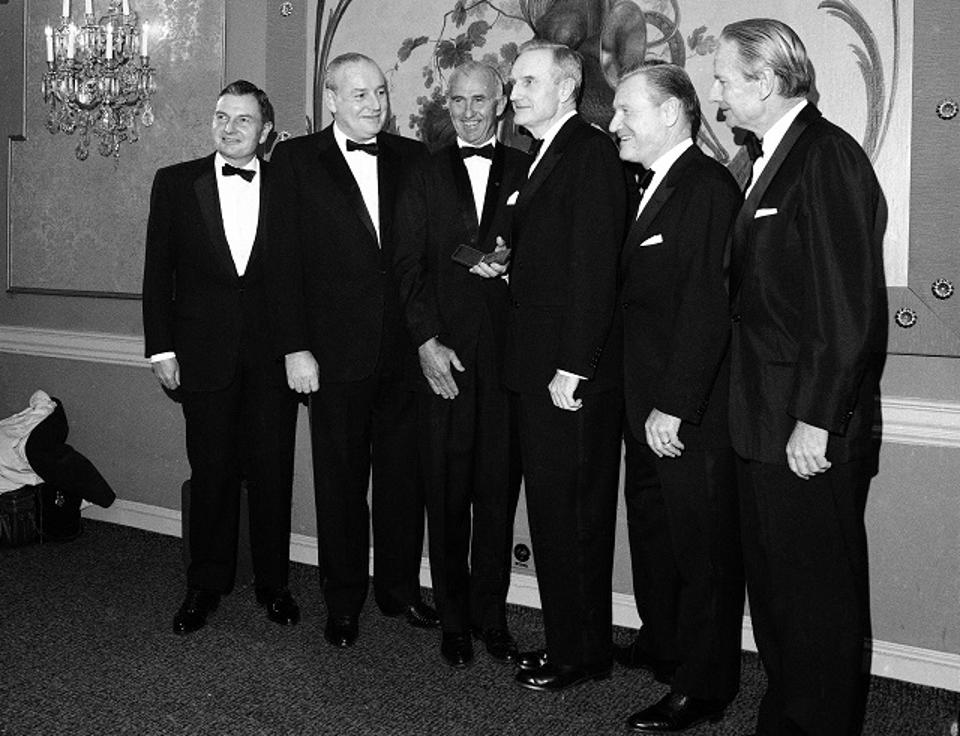 How does late billionaire David Rockefeller's will compare to those of his late brothers? on.forbes.com/60128e27Y
