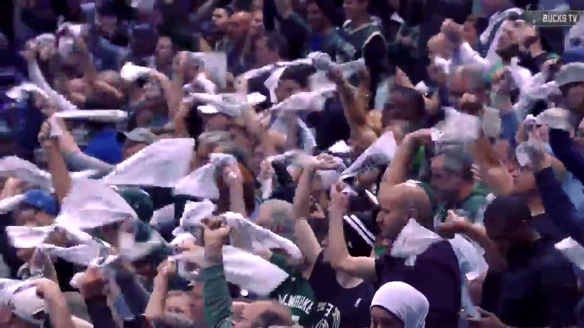 4 Hours Till Tip.  BRING THE NOISE TONIGHT!! #FearTheDeer https://t.co...