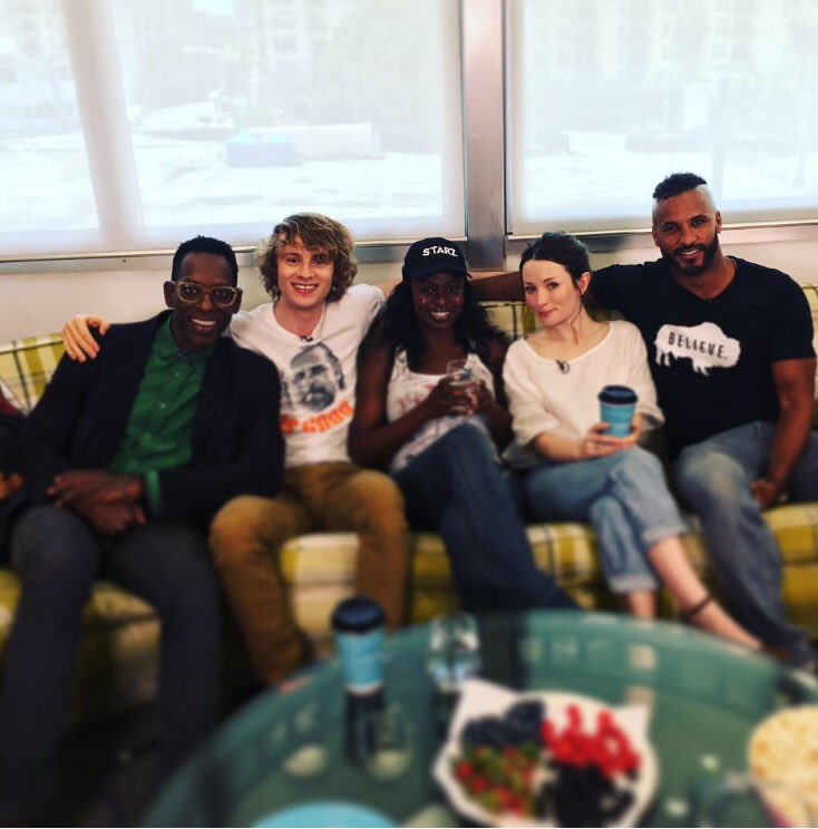 Truth🤷🏾♂️RT @lorettaramos: They stormed the office & demanded to see more episodes #AmericanGods @americangodsstz https://t.co/5jLAdlkmiy