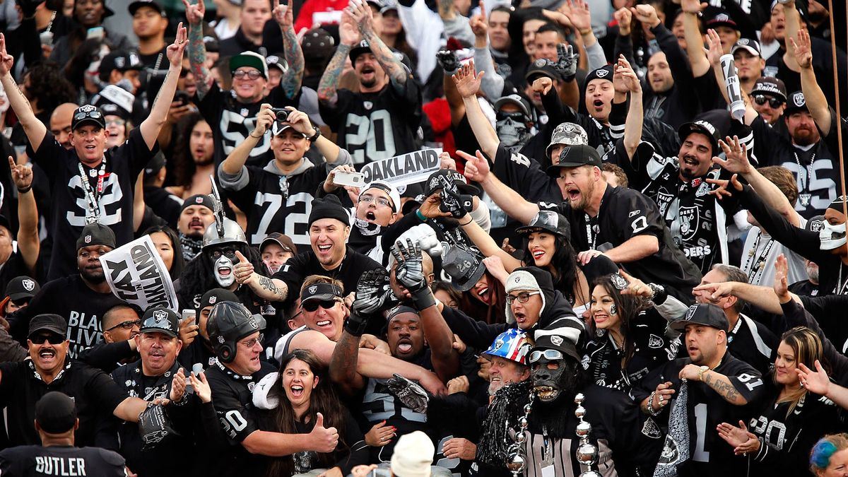 Raiders Agree To Pay Fan Base $16 Billion In Relocation Expenses trib.al/Ya3JUIp