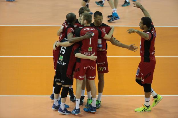 Volley - Ligue A (H) - Chaumont s'impose à Ajaccio et rejoint Toulouse en finale de Ligue A  http:// dlvr.it/P0BGz7     #Breaking #BreakingLivepic.twitter.com/9zYwjiGnVn