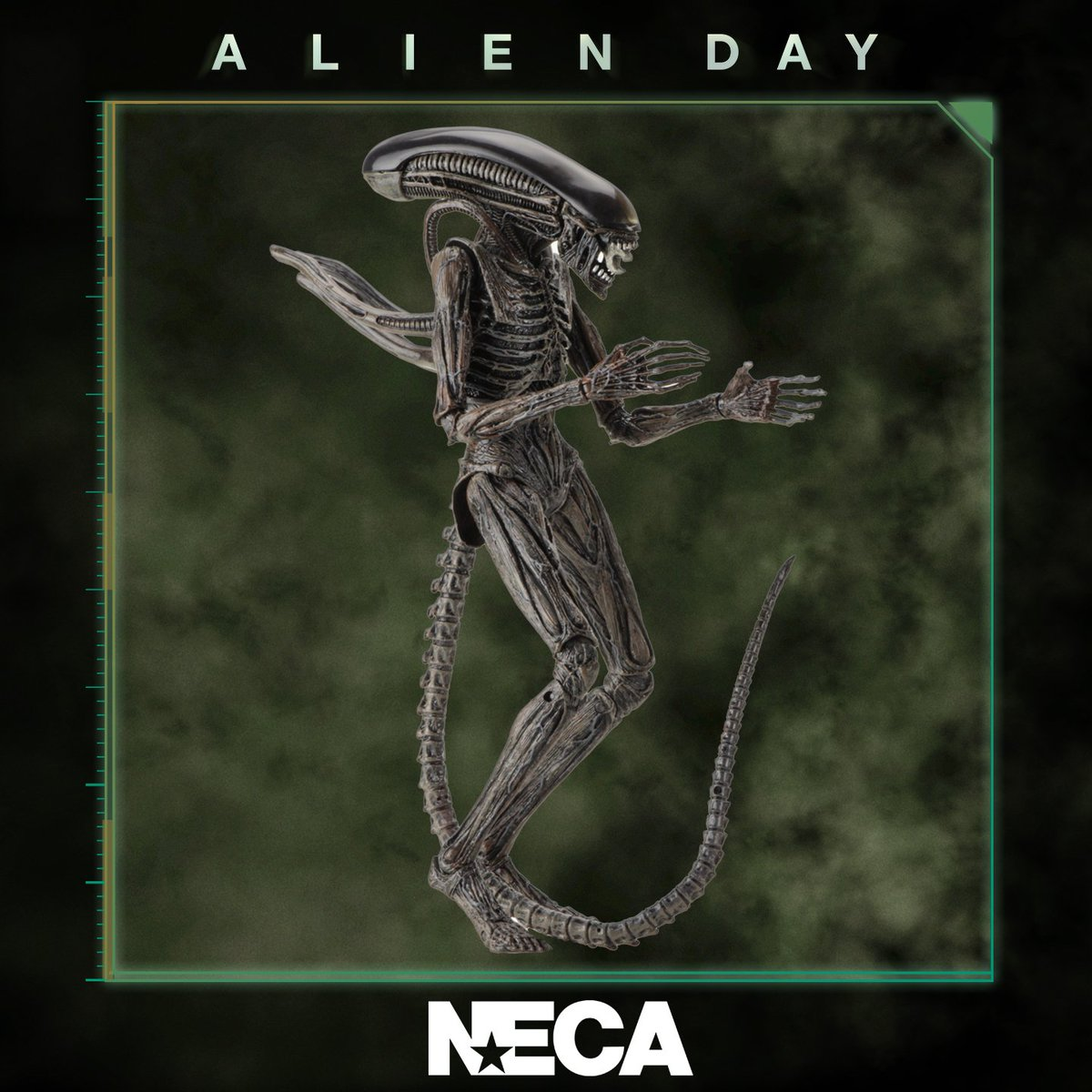Alien on Twitter: