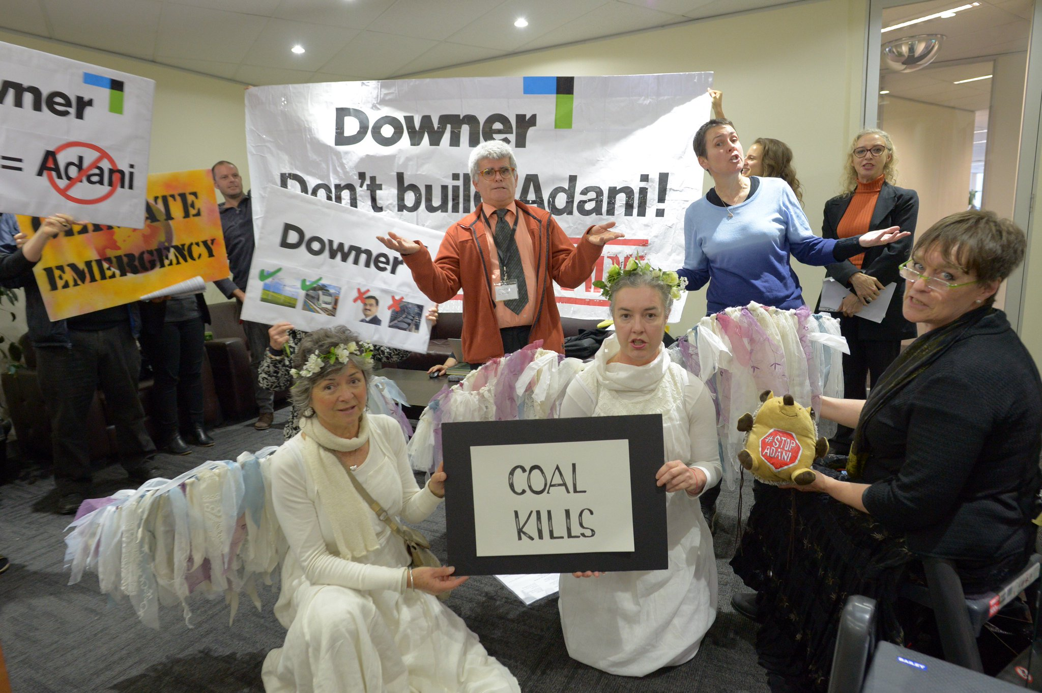 """""""You knew, Downer, you knew"""" So tell us what did you do? Would building planet destroying mine work with Downer zero harm policy #StopAdani https://t.co/nTx8iiGIYu"""