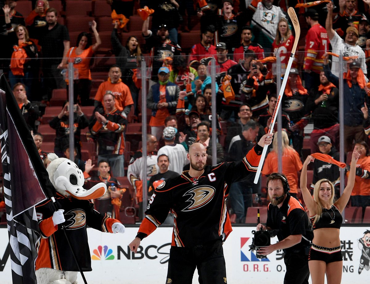 Ryan Getzlaf: 33rd playoff game with a goal, breaking a tie with Teemu...