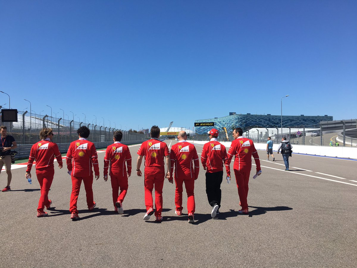Morning walk 🏃🏼 #RussianGP #Seb5 https://t.co/BNmEv3AlDm