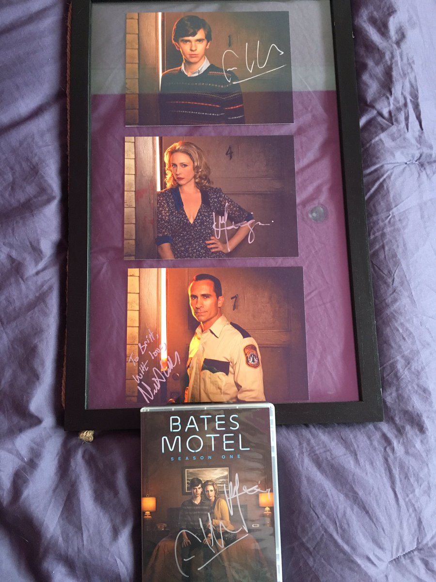 So glad I got these signed before #BatesMotel wrapped forever 😢 I'm really going thru withdrawal 😩