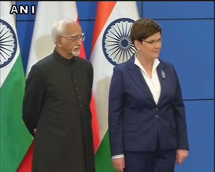 Warsaw: Indian VP Hamid Ansari and Poland PM Beata Szydło witness signing of agreements between India and Poland