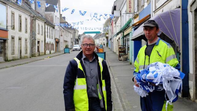 Scaër à l'heure du #Tour de #Bretagne cyclistece jeudi et demain | via @ouestfrance  https://www. ouest-france.fr/bretagne/scaer -29390/scaer-l-heure-du-tour-de-bretagne-cycliste-ce-jeudi-et-demain-4951132  … pic.twitter.com/KLuRbeYs9o