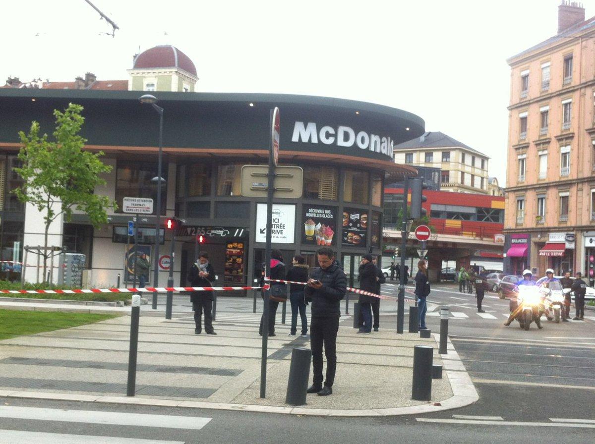 France Bleu On Isère Du Explosion Détruit TwitterUne Partie QdsrthC