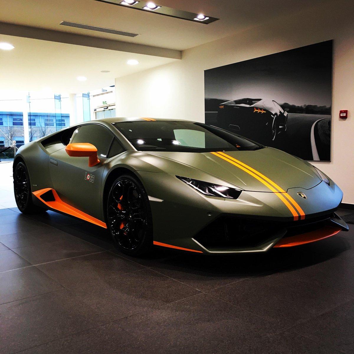 Lamborghini On Twitter Lamborghini S Can Pull Off Any Colour