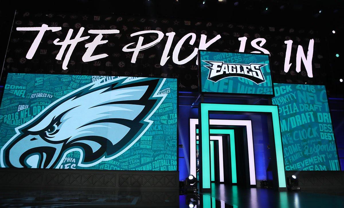 Wake up, Philly. It's #EaglesDraft Day! https://t.co/JbNS13kIka