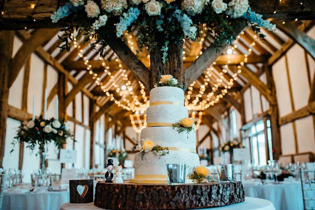 Anyone for #cake?! Beautiful #spring #wedding in the #barn thanks to Foto Memories Photography @Loseleyevents