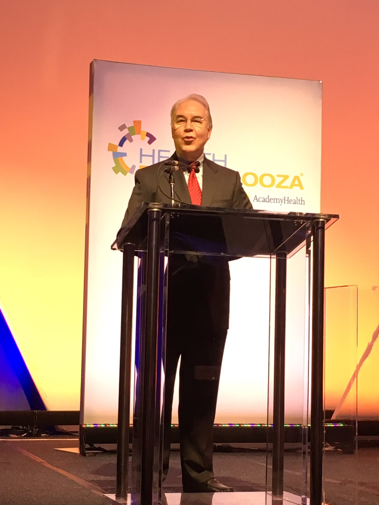 Now up at #hdpalooza is @SecPriceMD https://t.co/S8f6EncpDu
