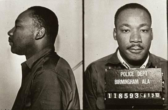 """""""A injustiça em qualquer lugar é uma ameaça à justiça em todo lugar.""""  [M. Luther King] #GreveGeral"""