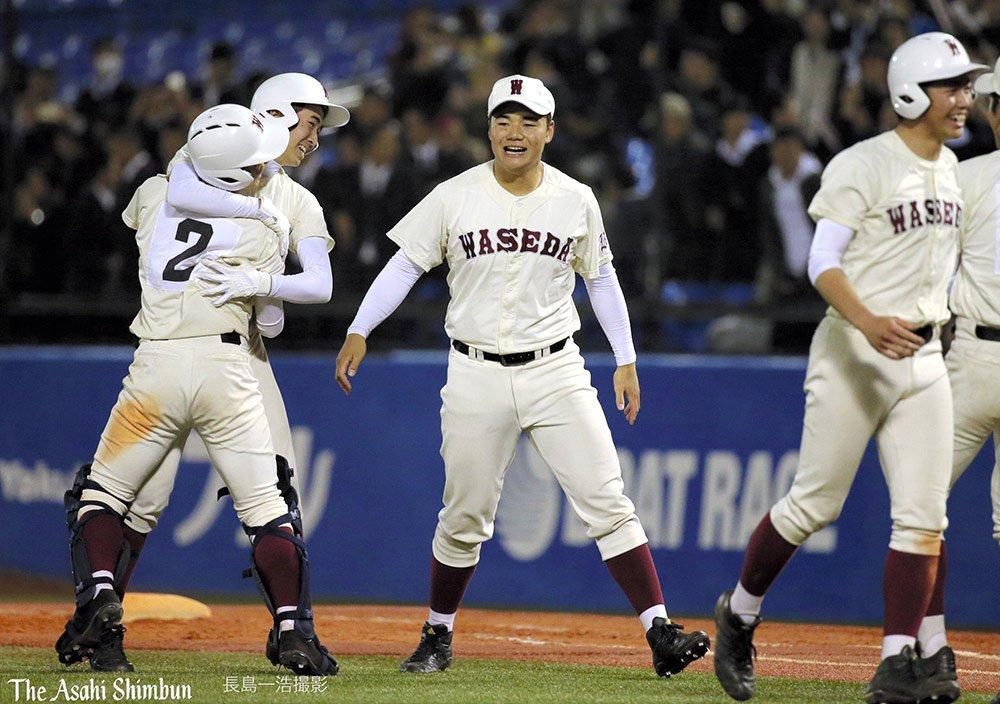 高校野球の春季東京都大会決勝は早稲田実と日大三の両校による一戦は、高校野球では異例のナイター開催。試合は4時間を超えて壮絶な打ち合いとなり、...