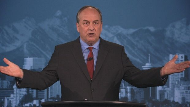 Andrew Weaver gets aggressive in prime-time introduction https://t.co/...
