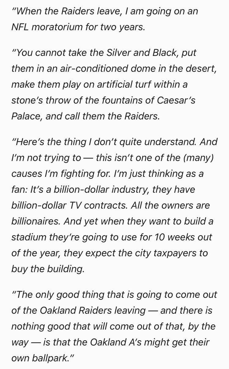 Tom Hanks just kept it 💯. #Raiders #Athletics https://t.co/sKup3LNVSy