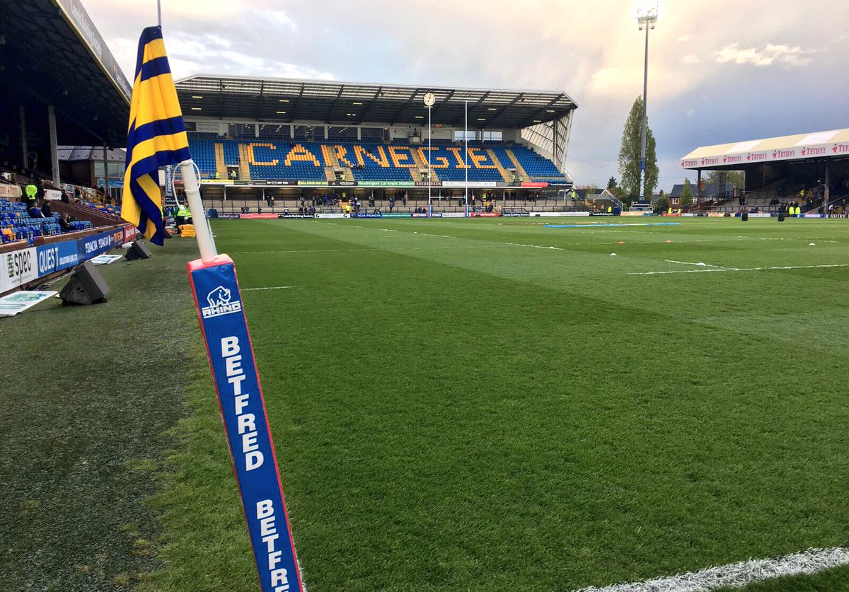 #SLLeeHud   Headingley looking good ahead of tonight's local derby 👌 h...