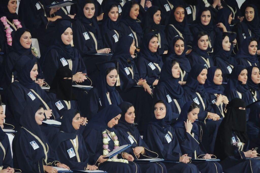 يبتهج الوطن بهن، وعني أنا فخور بنساء بلدي، مبارك لجميعهن هذا الإنجاز....