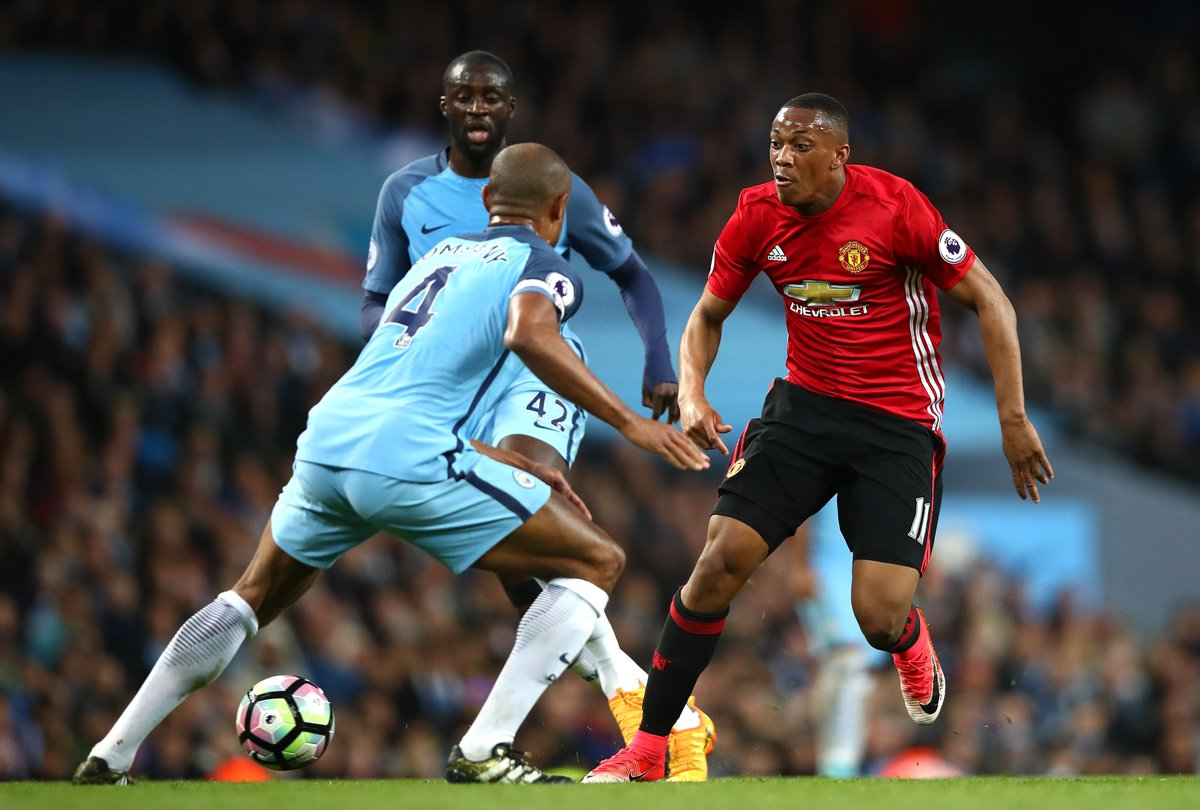 Most take-ons completed in the first half:  Anthony Martial (5) Henrik...