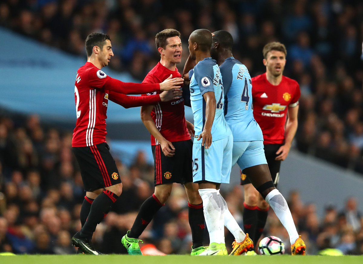 Ander Herrera was not happy with Fernandinho. Tempers beginning to fla...