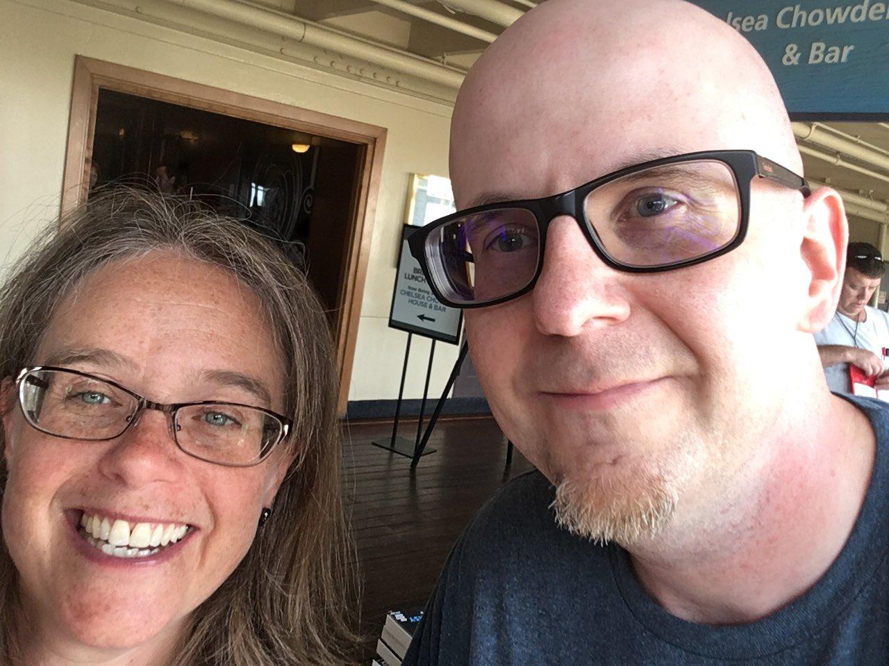 #StokerCon2017 selfies with @JohnJosephAdams https://t.co/HGCS253lnK