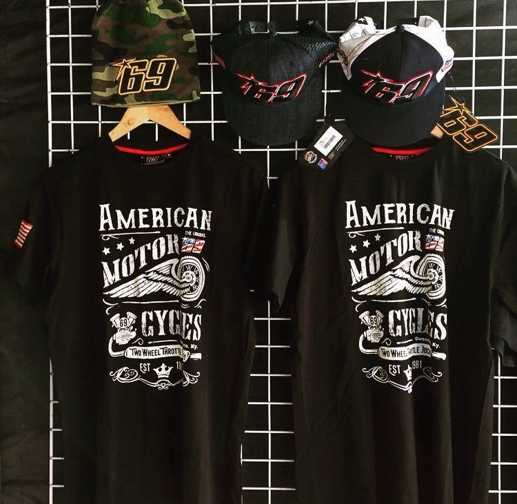 New shirts available in Assen paddock merchandise stand or  https://t.co/BahmHA9zuC @GPracingapparel 🇺🇸 https://t.co/M1G5PwHm2W